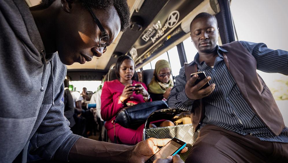 Les prix obstruent les objectifs mondiaux d'accès à Internet