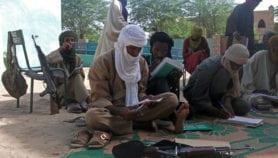 Q&R: Pourquoi les jeunes rejoignent les groupes armés au Mali
