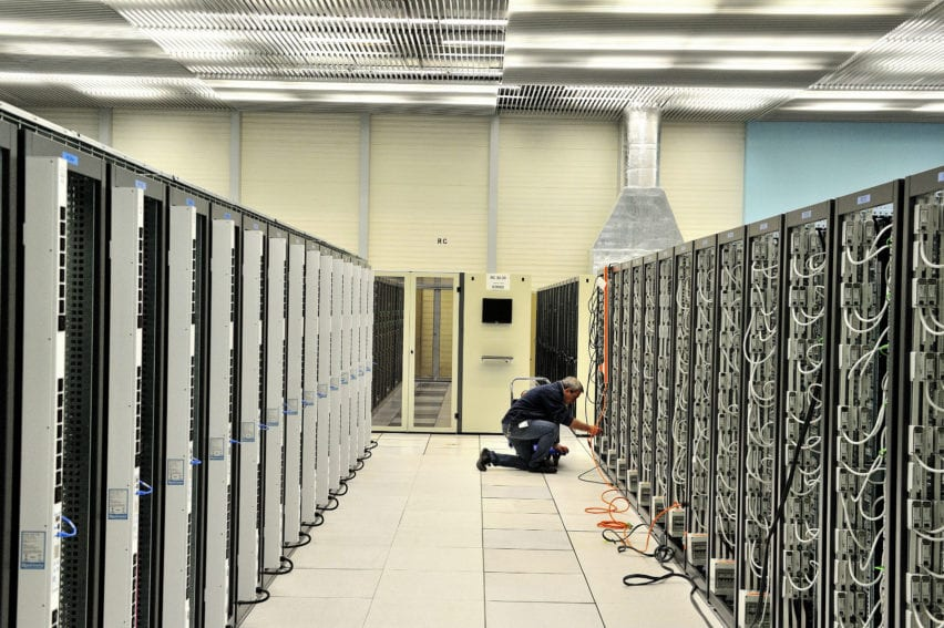 The Data Centre at CERN European Organization for Nuclear Research
