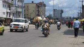 COVID-19 : L'impossible confinement de la population en Afrique