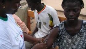 Cameroun : controverse sur le vaccin contre le cancer du col utérin