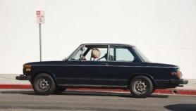 Ouvrir les vitres des voitures présente des risques pour la santé