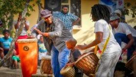 Réduire la diarrhée mortelle chez les enfants grâce aux arts traditionnels