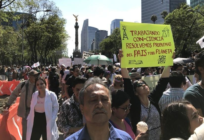 Uno de los objetivos del comité organizador de la marcha de México fue resaltar la necesidad de que el país cumpla la ley y gaste 1% del PIB en CyT; actualmente sólo se gasta 0,55%.