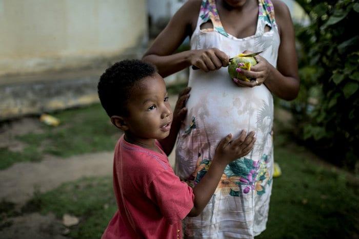 Pregnant Zika disease news