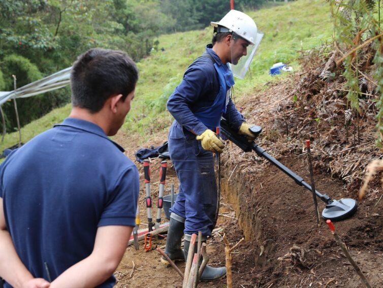 minas antipersona-Colombia-by HALO Trust.jpg