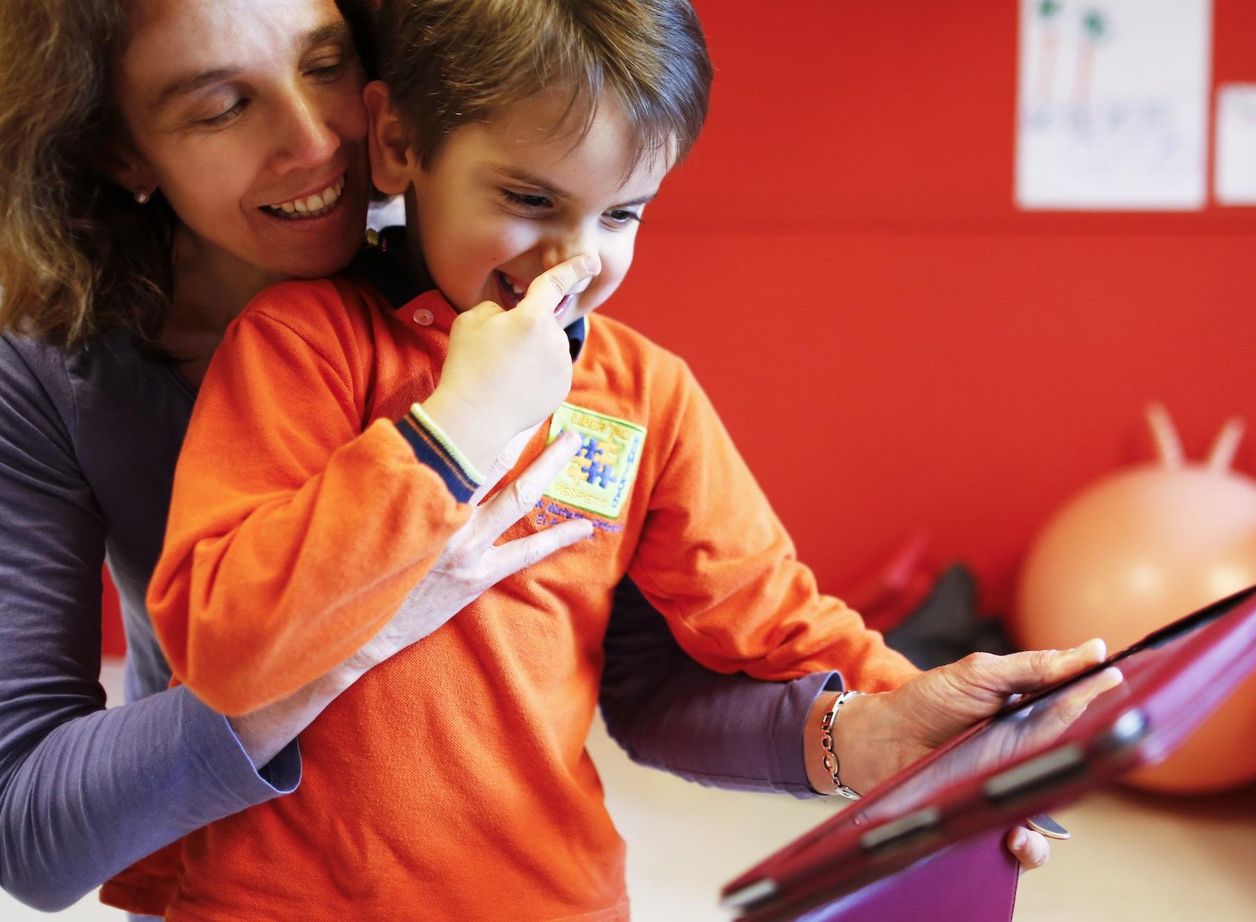 Crean app para ayudar a personas con trastorno de habla