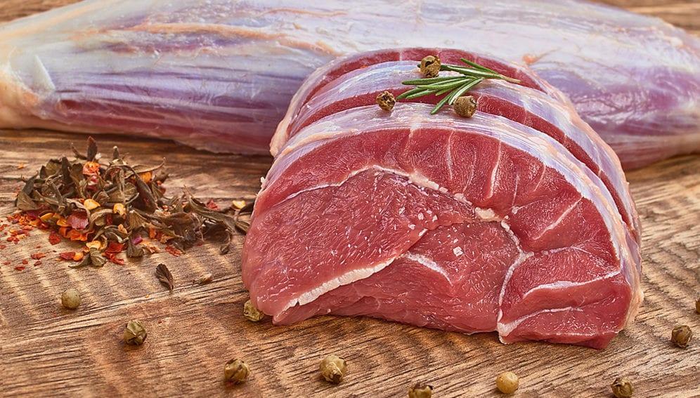 Carne by Ernesto Navarro