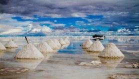 Bolivia crea el primer instituto del litio para formar expertos