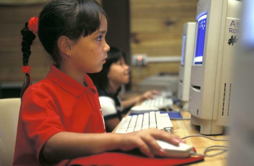 computer_school_children_Penny_Tweedie_Panos