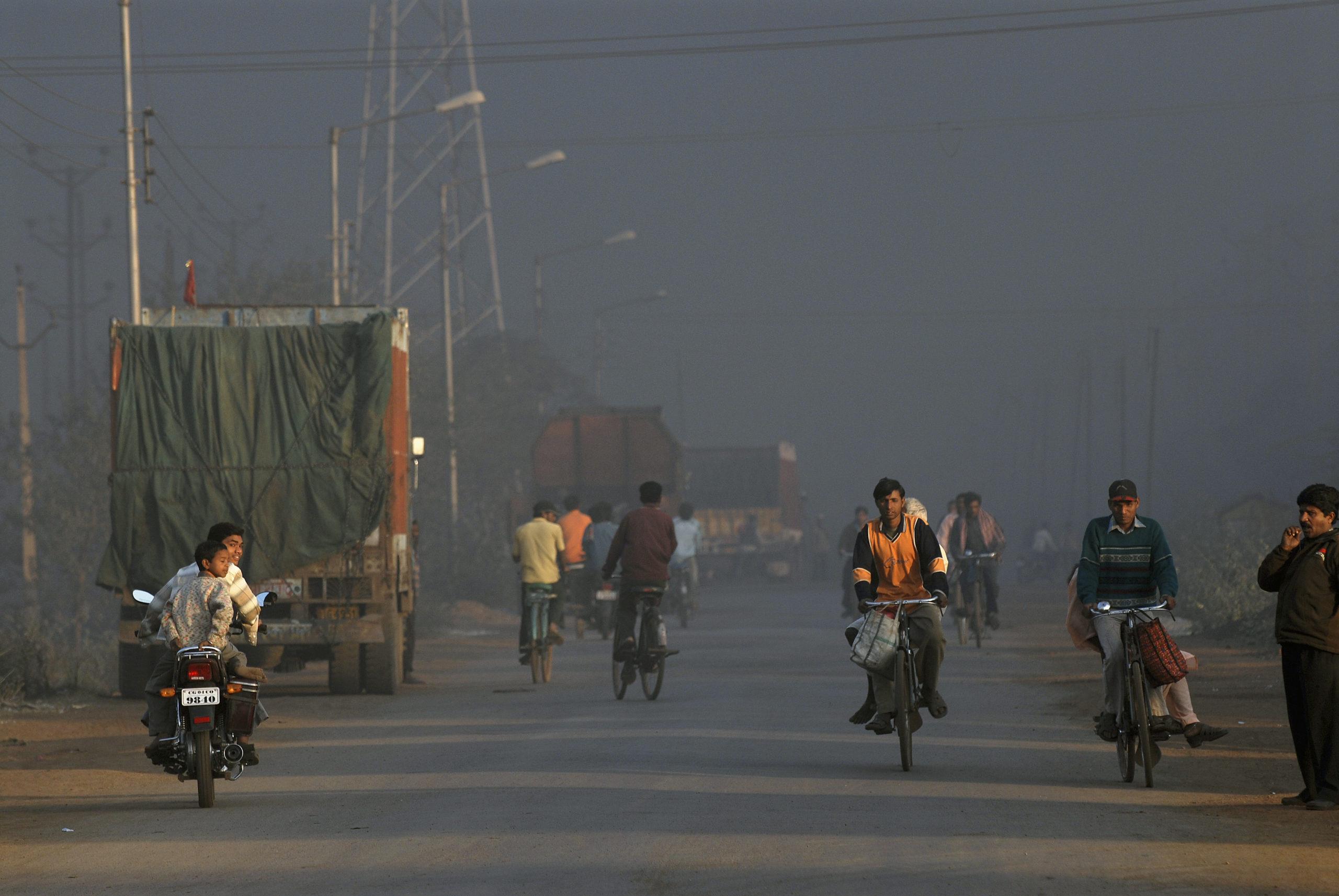 "New Delhi smog ""rivals 1952 London"""