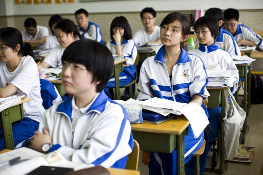 students_classroom_Shiho_Fukada_Panos