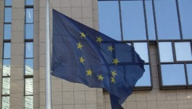 Europe 'risks dividing science and development policy'