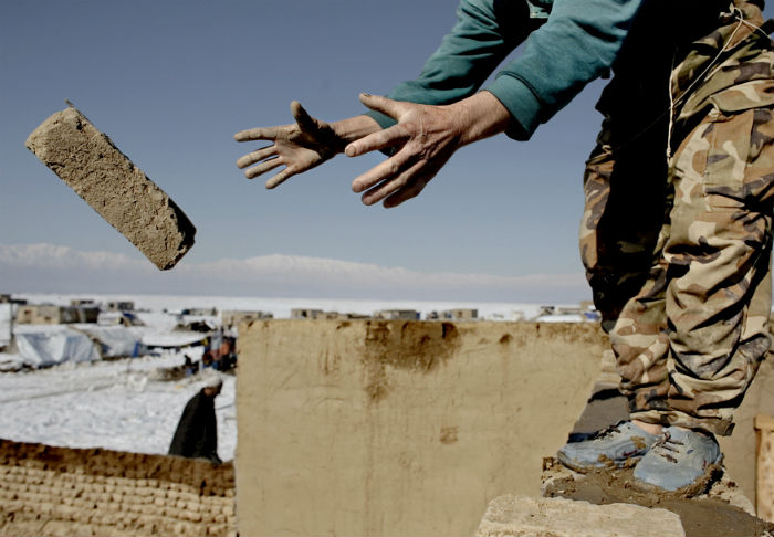 Brick afghanistan design news feature shelter.jpg
