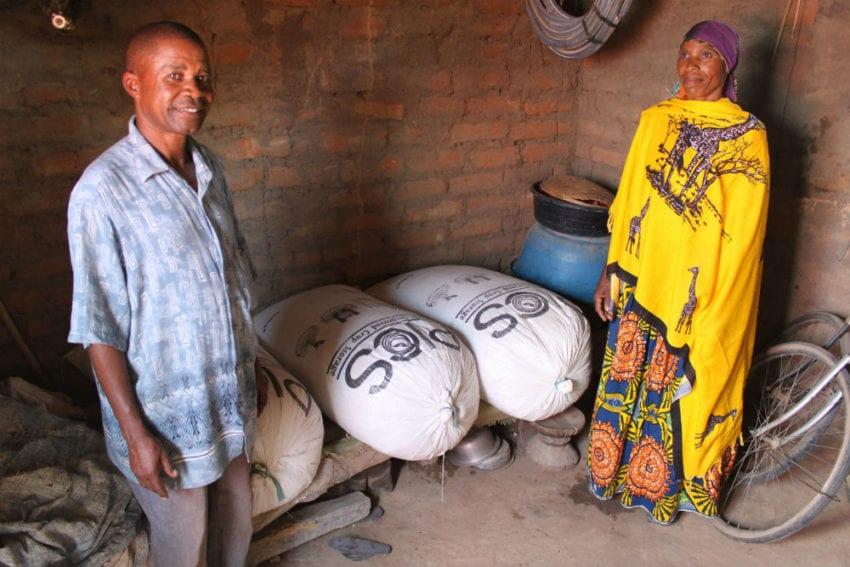 Farmers safely storing grains in hermetic bags