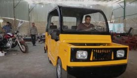 Mini-car made in Egypt competes with the tuk-tuk
