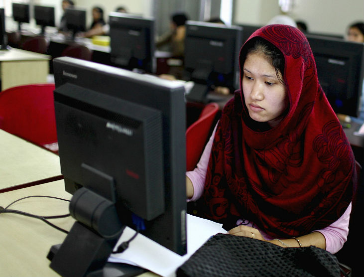 Students prepare for their exams using computers