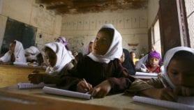 'الغذاء مقابل التعليم' قيد المراقبة