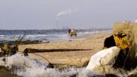 البحر المتوسط يزداد تلوثًا