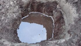 إدارة العرب للمياه الجوفية.. استنزاف جائر واستدامة خَجلى