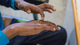 Two combined drugs effective against HIV-leishmaniasis