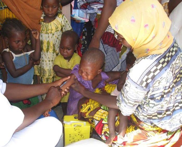 Kid receiving vaccine