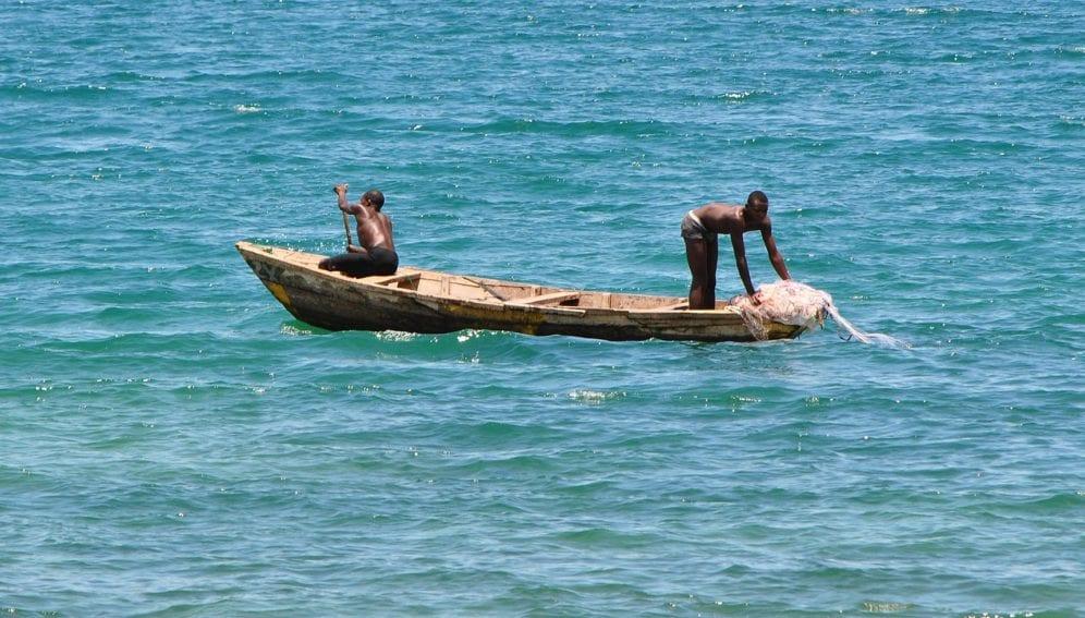 Zambia_-Fishing_Lake_Tanganyika